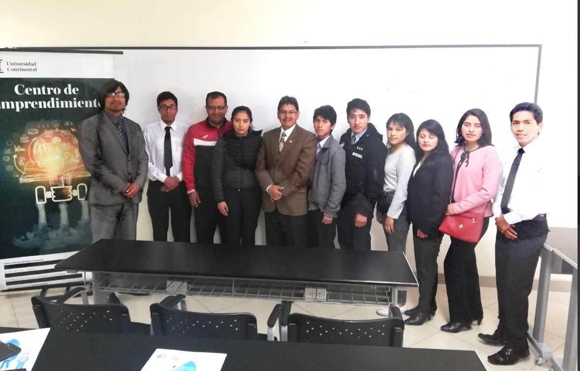 Estudiantes de la UNDAC visitan el campus de Huancayo para conocer sobre el ADN Emprendedor