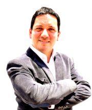 Coach-Luis-Salazar
